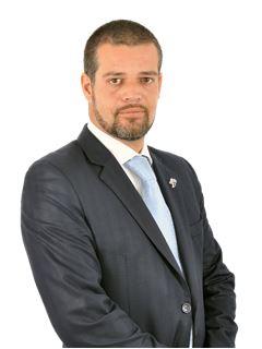 Broker/Owner - Ricardo Cadavez - RE/MAX - Energy