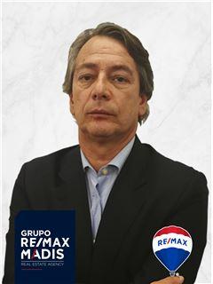 José Paulo Ambrósio - Membro de Equipa Rui de Brito - RE/MAX - Madis
