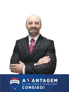 Hipotēku konsultants - Nuno Abade - RE/MAX - Vantagem Ribatejo