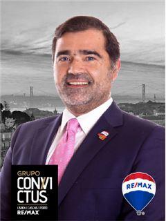 Luís Zanguineto - Chefe de Equipa Luís Zanguineto - RE/MAX - ConviCtus