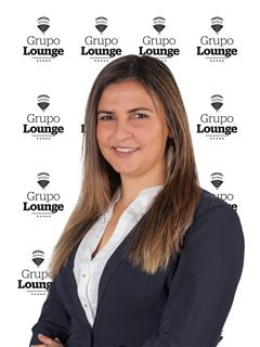 Janine Martins - Chefe de Equipa Janine Martins - RE/MAX - Lounge