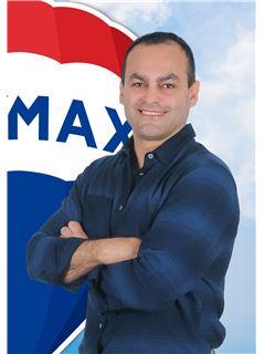 Dinis Santos - Chefe de Equipa Team Dinis e Cátia - RE/MAX - Elite II