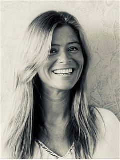 Joana Aguiar - RE/MAX - SiimGroup Miraflores