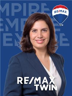 Rita Favita - RE/MAX - Twin