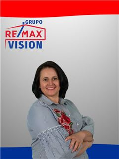 Vera Polos - RE/MAX - Vision II