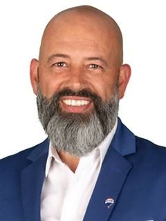 Paulo Neno - RE/MAX - White III
