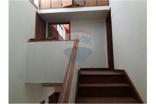 acesso ao primeiro andar
