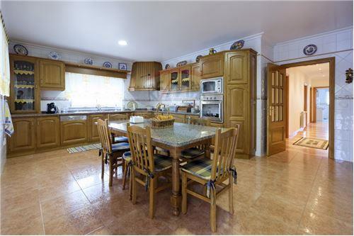 Cozinha mobilada