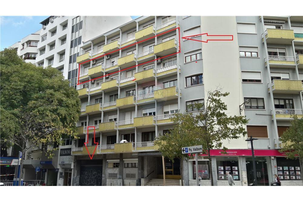 3935ece88b1e Apartamento - T5 - Venda - Avenidas Novas, Lisboa - 1 - 120521206-61
