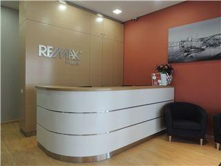 Office of RE/MAX - Plaza - Cedofeita, Sto Ildefonso, Sé, Miragaia, S Nicolau