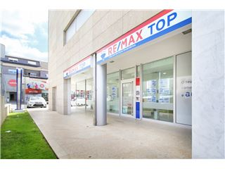 OfficeOf RE/MAX - Top - Penafiel