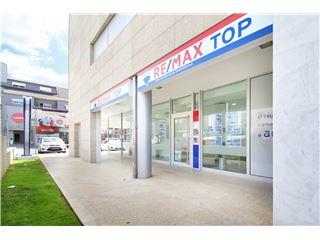 Office of RE/MAX - Top - Penafiel