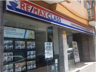 Office of RE/MAX - Class - Matosinhos e Leça da Palmeira