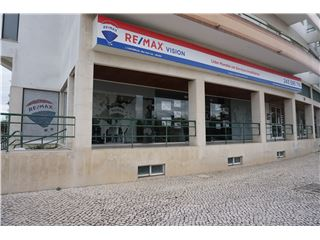 Office of RE/MAX - Vision - Almeirim