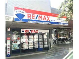Office of RE/MAX - Acção - Marco