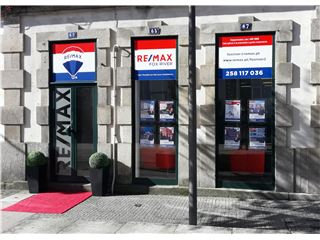 Office of RE/MAX - Fox River II - Santa Maria Maior, Monserrate e Meadela