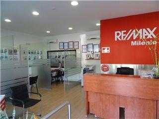 OfficeOf RE/MAX - Milénio - Cartaxo e Vale da Pinta