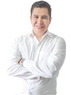 Jesus Gabriel Valverde Flores - RE/MAX Total Equipetrol
