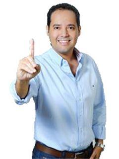 Broker/Owner - Marcelo Saldaña Fernandez - RE/MAX Emporio Corporación 1