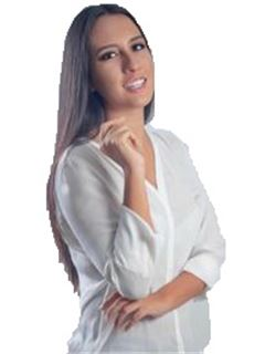 Laura Lenny Justiniano Mercado - RE/MAX Plus