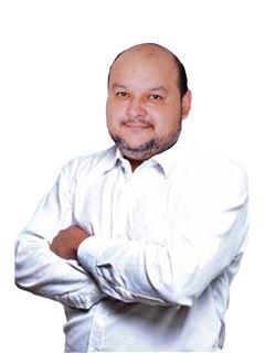 Ronald Alberto Paz Jimenez - RE/MAX Plus