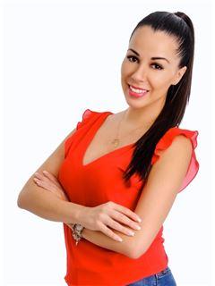 Carla Saavedra Justiniano - RE/MAX Fortaleza