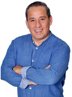 Raul Alberto Ayala Salvatierra - RE/MAX City