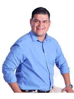 Romer Ariel Robles Barba - RE/MAX Fortaleza