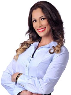 Viviana Mendez Rivero - RE/MAX Fortaleza