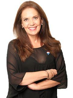 Carola Beatriz Urquidi Torrico - RE/MAX Emporio Corporación 1