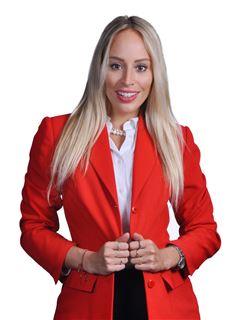 Flavia Carvalho Chavez - RE/MAX Fortaleza