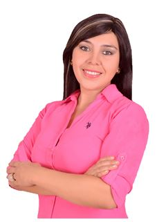 Mariela Añez Garzon - RE/MAX Total Equipetrol