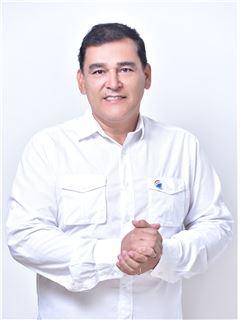 Jose Gustavo Vasquez Aguirre - RE/MAX Plus