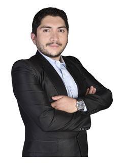 Ronald Rafael Arze Velasco - RE/MAX Professional