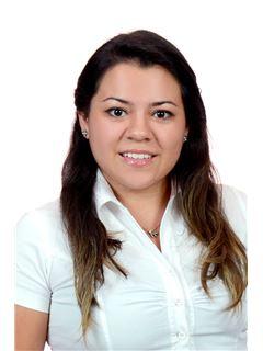 Andrea Rivera Echazu - RE/MAX Platinum