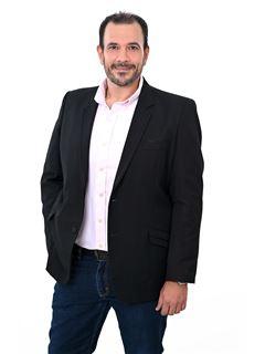 Fernando Rafael Gonzales Parada - RE/MAX Emporio Corporación 1