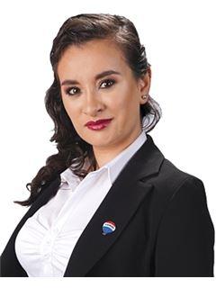 Franciely Caroline Crespo Gonzales - RE/MAX Libertad