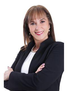 Maria Lola Saldaña Rojas - RE/MAX Emporio Corporación 1