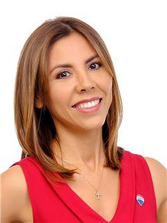 Ysela Maithe Vargas Galvez - RE/MAX Emporio Corporación 1