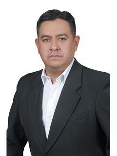Cesar Augusto Olivares Lopez - RE/MAX Libertad