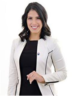Elizabeth Parada Saucedo - RE/MAX Emporio Corporación 1