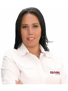 Broker/Owner - Maria Teresa Aranibar Fernandez - RE/MAX Apoyo