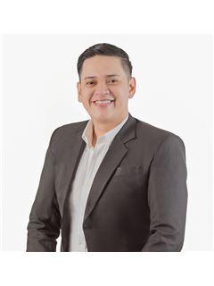 Marco Antonio Eguez Escalante - RE/MAX Norte Equipetrol
