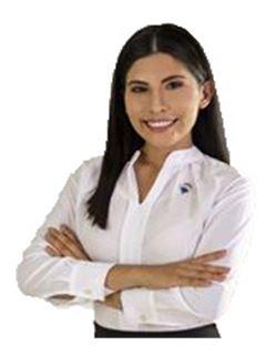 Laura Willma Castellon Arroyo - RE/MAX Plus