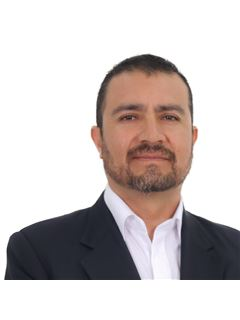 Michael Delmer Guardia Miranda - RE/MAX Norte Equipetrol