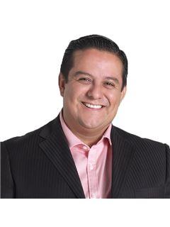 Rodolfo Chavarria Rojo - RE/MAX Corporación Inversiones Inmobiliaria