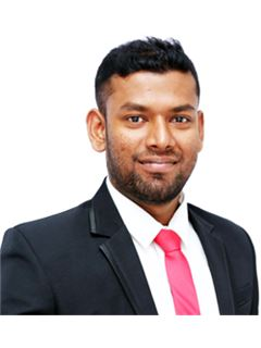 Associate - Vijenthan Kunaradnam - RE/MAX NORTH REALTY