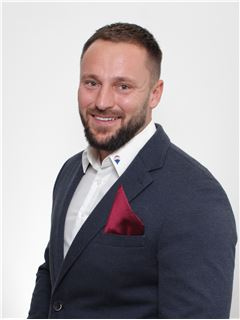 Associate - Alexander Herdt - RE/MAX in Ratingen