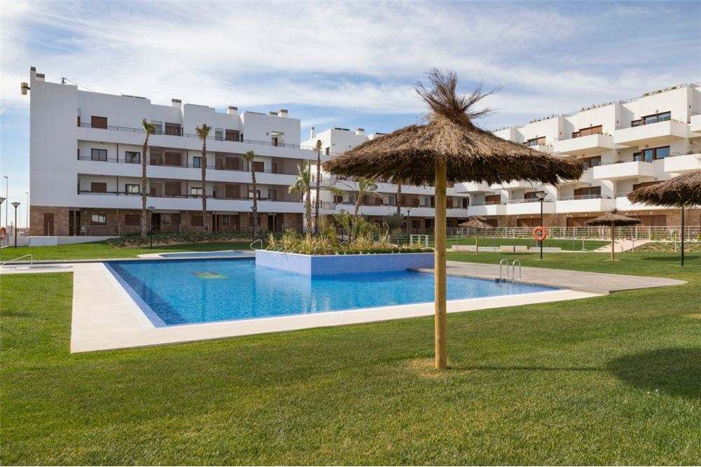 109 Sqm Condo Apartment For Sale 2 Bedrooms Located At Orihuela Costa Orihuela Alicante Valencia Spain
