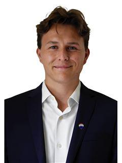 Sebastian RINGLSTETTER - RE/MAX Select